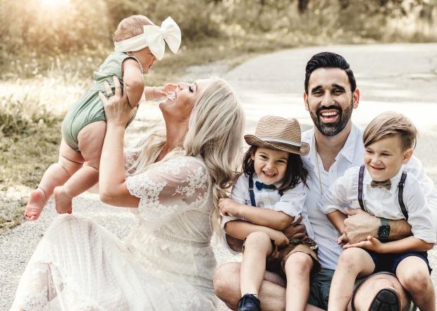 Khalil Family Mini 2021